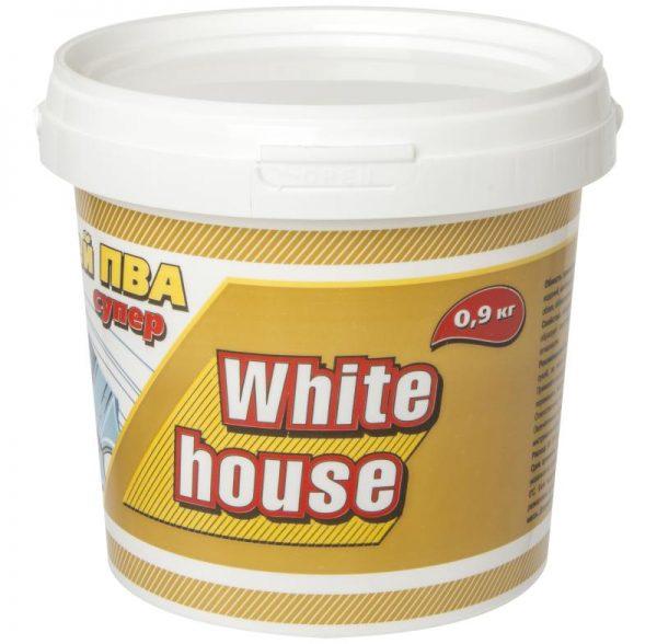 Maison blanche d'argile