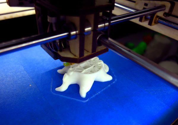 Impression de modèles 3D à partir de plastique polymorphe
