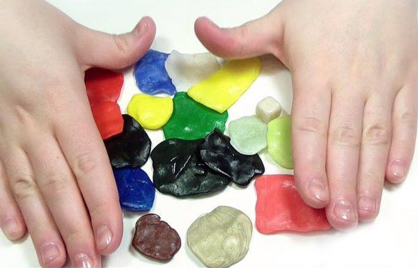 Le plastique polymorphe pour faire de l'artisanat peut être réutilisé